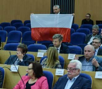 PiS z propozycją rozwiązania sejmiku województwa pomorskiego. ZDJĘCIA z sesji