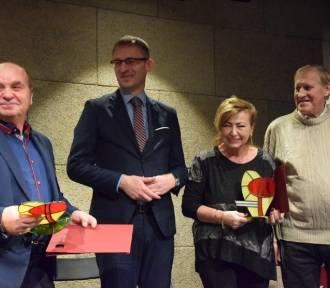 Dwie pruszczańskie rodziny uhonorowane statuetką Samarytanin Roku