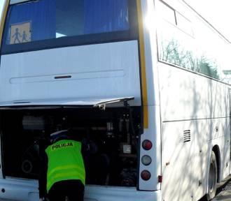 Starogard Gdański. Policja kontroluje autokary przewożące dzieci. Jak zgłosić sprawdzenie