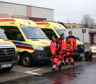 Łomża.Trzy nowe ambulanse zasilą flotę pogotowia ratunkowego [zdjęcia]