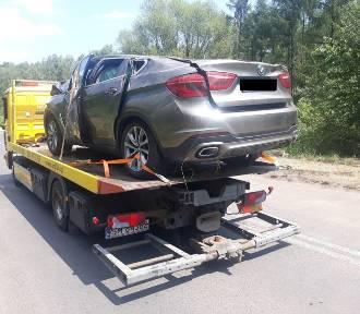 Łosień: Kierowca bmw uderzył w drzewo, zginął na miejscu