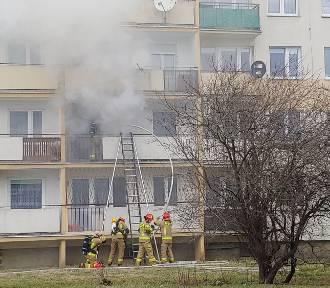 Tragedia w Inowrocławiu. Pożar w wieżowcu. Jedna osoba nie żyje