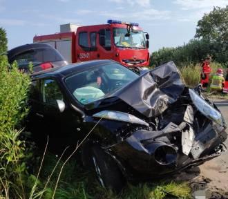 Barzowice - Wicie: Zderzenie samochodu z przyczepą traktora [ZDJĘCIA] - 30.07.2019 r. - dziecko