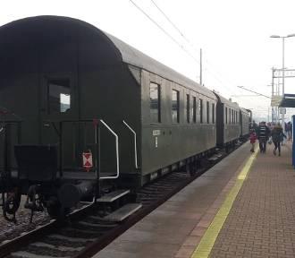 Przejedź się starym pociągiem w Dniu Kolejarza. Po Wrocławiu i okolicach