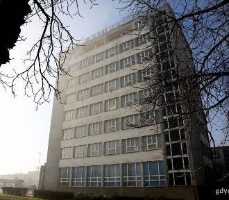 Będzie kolejne centrum handlowe w Gdyni? Biurowiec poczty koło dworca na sprzedaż