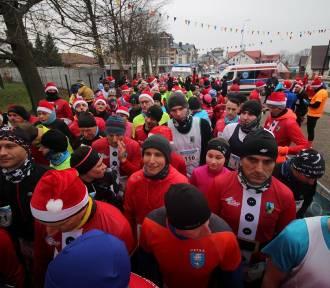 Jarosławiec: Biegający Mikołaje na dystansie 10 km [GALERIA ZDJĘĆ, wyniki, wideo] - 2018 rok