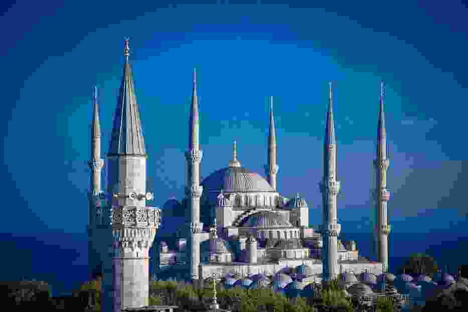 Ministerstwo Spraw Zagranicznych kategorycznie odradza podróże do wschodniej i południowo-wschodniej Turcji oraz ostrzega przed podróżami do pozostałych regionów kraju