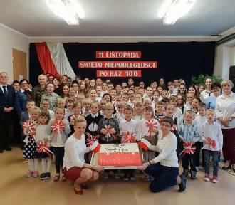 Patriotyczny listopad w Szkole Podstawowej w Działoszy
