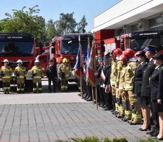 Uroczystość przekazania wozów dla OSP Chrząstowo, Niesłabin i Wyrzeka
