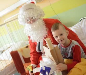 Mikołaj ze straży miejskiej odwiedził dzieci [wideo, zdjęcia]