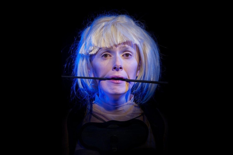 """12 czerwca Teatr Gdynia Główna zaprasza na premierę """"Maska"""" Stanisława Lema"""