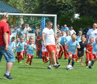 Dzieci kontra Rodzice w Zbąszyneckiej Akademii  Piłkarskiej