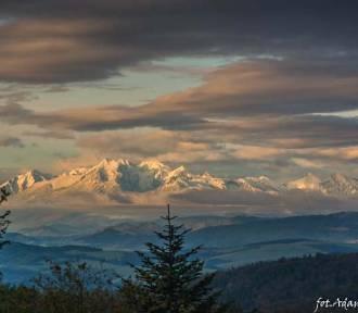 Ośnieżone Tatry widziane z Jaworzyny Krynickiej