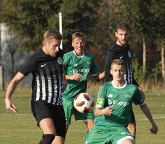 Piłka nożna. Poznaliśmy drużyny, które zagrają w 1/8 finału regionalnego Pucharu Polski [ZDJĘCIA]