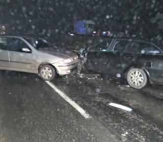 Wypadek w Nowym Klinczu 9.01.2020. 44-latka kierująca fiatem miała 3,5 promila alkoholu w organizmie!