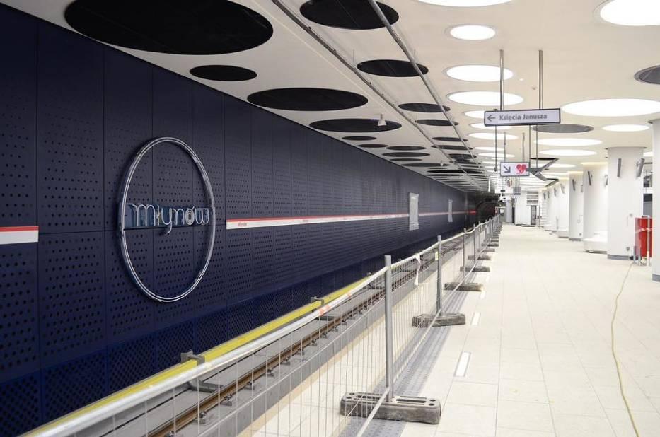 Metro na Woli w kwietniu. Nowe stacje są już gotowe. Efektowny wystrój i piękne neony