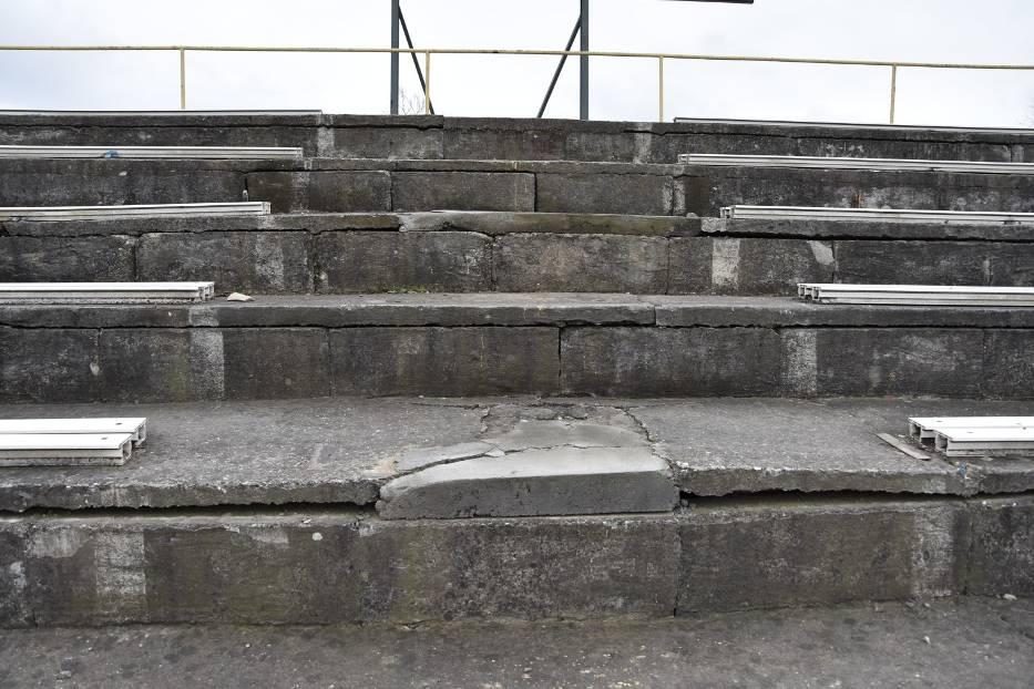 Stadion Miejski w Tarnowie znajduje się już w katastrofalnym stanie