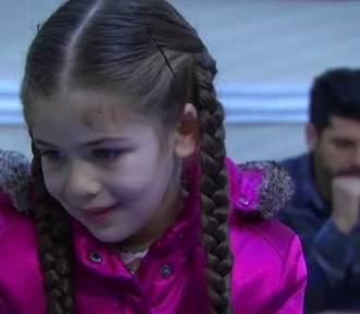 Serial Elif odcinek 385. Asuman uniemożliwia Rabii rozmowę z ojcem Elif [streszczenie, online