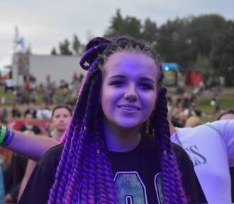 Regałowisko Bielawa Reggae Festiwal 2018. Zdjęcia uczestników [GALERIA, FOTO, LUDZIE]