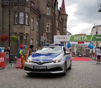 Wałbrzyscy policjanci dbali o bezpieczeństwo w czasie XX Półmaratonu Toyota