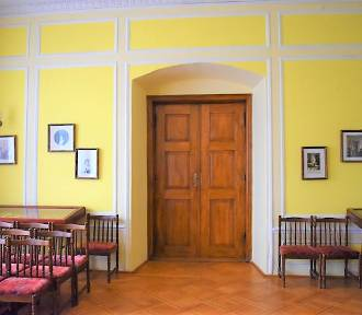 Pałac w Niechanowie od środka. Zobacz, jak się prezentuje! [FOTO]