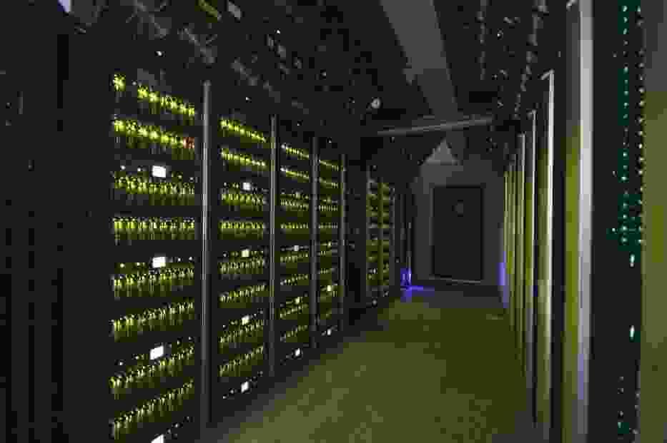 """Superkomputer """"Zeus"""" z AGH ponownie najmocniejszy w Polsce!"""