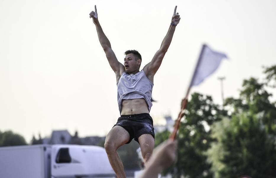 Paweł Wojciechowski bardzo cieszył się ze zwycięstwa przed własną publicznością