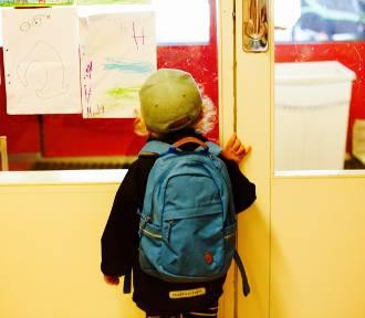 QUIZ. Uczeń podstawówki sobie poradzi z tymi zadaniami. A Ty?