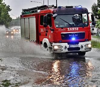 Ostrzeżenia IMGW przed silnym deszczem i burzami