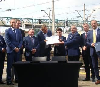 Pociągi z Oświęcimia do Krakowa i Czechowic mają jeździć szybciej