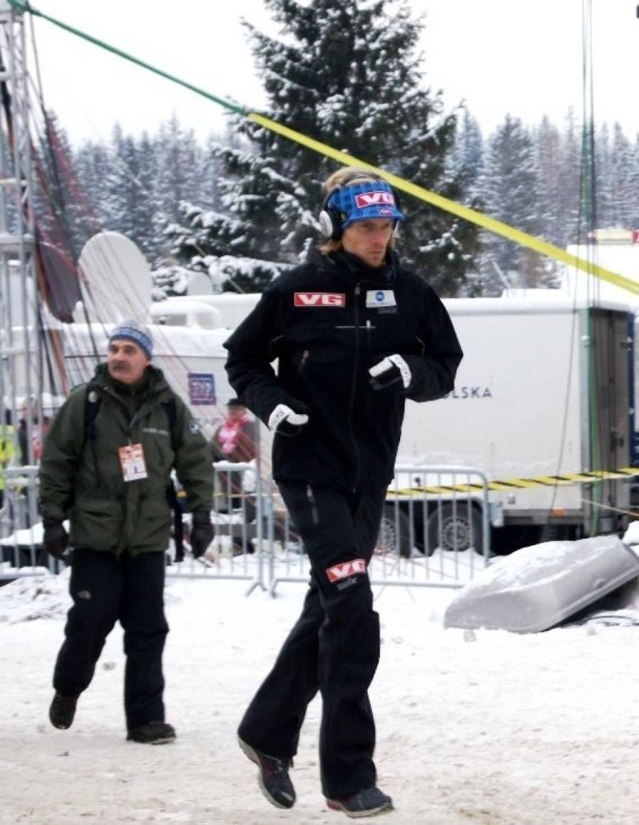 Bjoern Einar Romoeren wygrał kwalifikacje do sobotniego konkursu