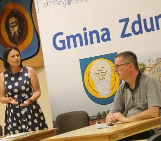 """Rada Osiedla """"Zduny Stare"""" z absolutorium [ZDJĘCIA]"""