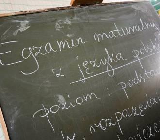 Czy matury w szkołach powiatu sieradzkiego są zagrożone?