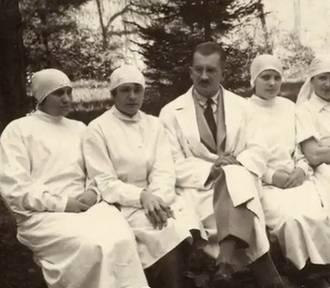 Katyń. Jednym z zamordowanych był Julian Gruner, kaliski lekarz. ZDJĘCIA