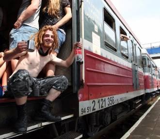 Dwa razy więcej pociągów na Pol'and'Rock. Mamy rozkład jazdy!