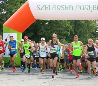 4. PKO Półmaraton Wielka Pętla Izerska już za nami. Dzięki biegaczom Klaudia odzyska wzrok ZDJĘCIA