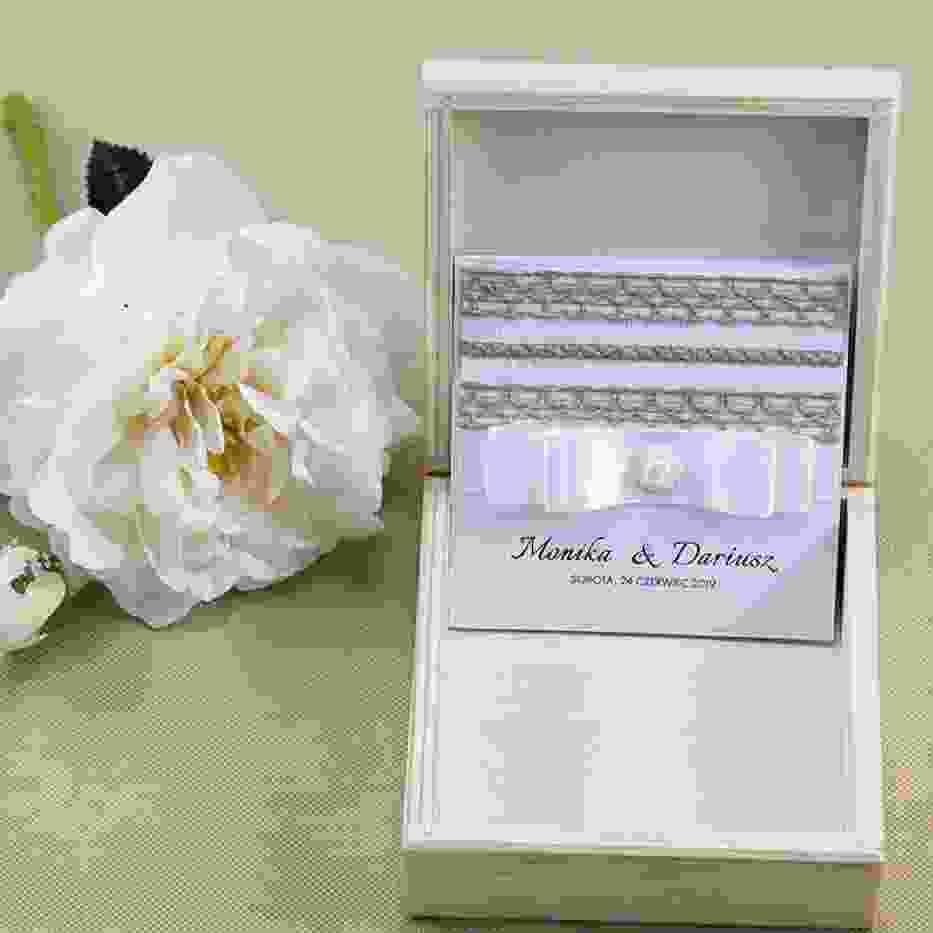 Nowoczesne i romantyczne zaproszenie ślubne