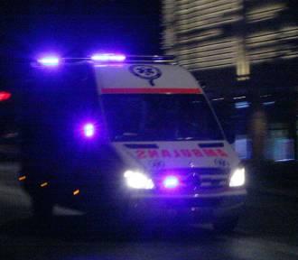 """DK 28. Wypadek i """"wahadło"""" w Szymbarku. Ranny w szpitalu"""
