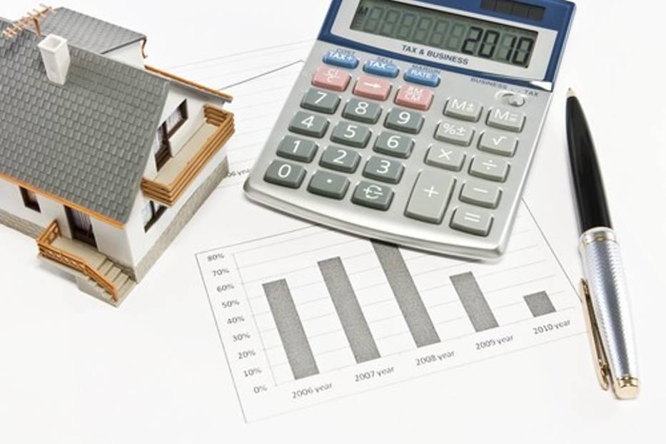 Jeśli małżonkowie zaciągnęli wspólne zobowiązania finansowe, takie jak kredyt hipoteczny, to nawet po rozwiązaniu małżeństwa oboje są za nie nadal odpowiedzialni