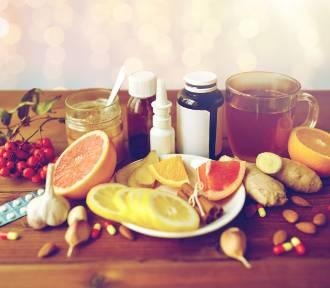 Domowe sposoby na przeziębienie: co na to nauka?