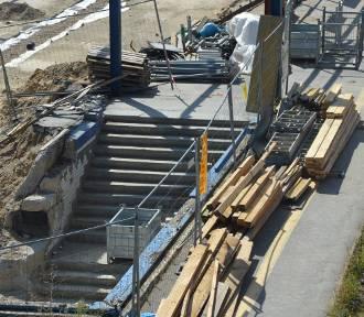 Budowa przejścia podziemnego już na półmetku [ZDJĘCIA]