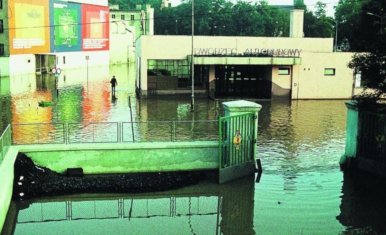 Powódź z roku 1977