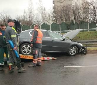 Wypadek na DTŚ: Zderzyły się trzy auta. Korki są ogromne