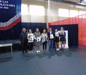 Przez muzykę i poezję uczestnicy konkursu w Starej Kiszewie wyrazili swój patriotyzm