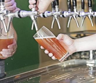 Pierwszy multitap na Saskiej Kępie. W Chmielołaku Bis zaskoczą was nie tylko rzemieślnicze piwa