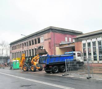 Wolsztyn: postępują prace przy modernizacji dworca. Na jakim są etapie