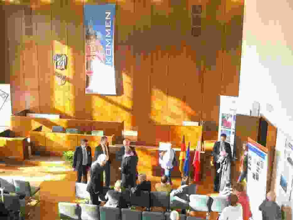 Przed uroczystością wręczenia nagrody w sali plenarnej ratusza we Frankfurcie nad Odrą
