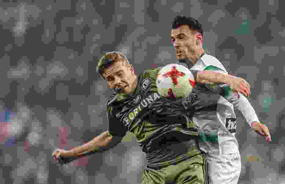 Mecze Lechii Gdańsk z Legią Warszawa to w ostatnim czasie piłkarskie wydarzenia na długo zapadające w pamięć