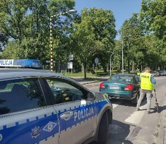 Kierujący fordem potrącił 58-latkę na przejściu dla pieszych na ul. Mostowej