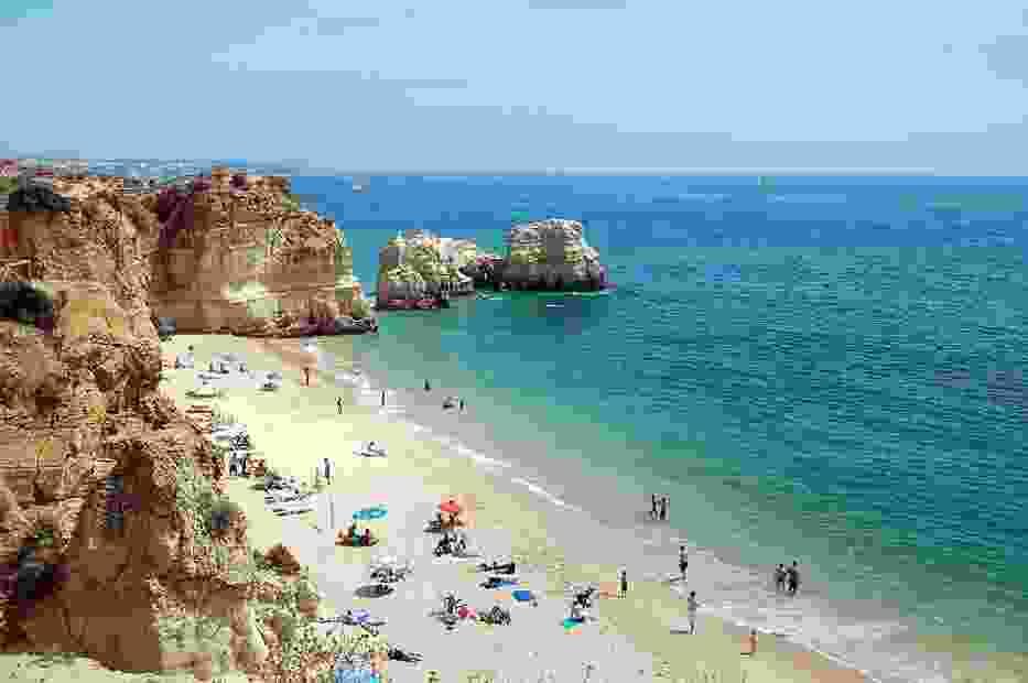 Plaża Praia da Rocha w Portimão (Portugalia)